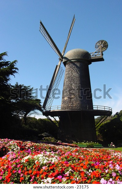 San Francisco's historical Dutch Windmill