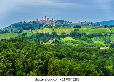 San Gimignano is a smallwalledmedievalhill townin theprovince of Siena,Tuscany, north-central Italy.
