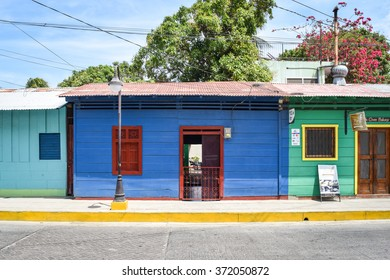 San Juan del Sur, Nicaragua April 26, 2015: Scenes of daily life in the laid-back beach town of San Juan del Sur on Nicaraguas southern Pacific Coast. General travel imagery for Nicaragua.
