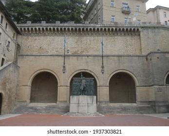San Marino, Sant'Agata Square with Titano theater and Girolamo Gozi statue in front