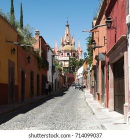 San Miguel de Allende, Guanajuato, Mexico - 2013: A street in the town's historic center.