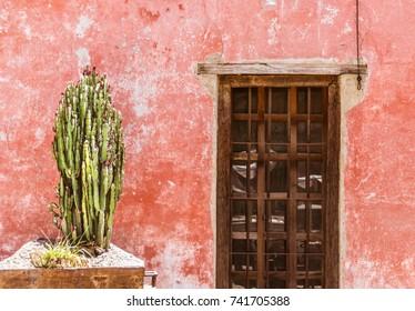 SAN MIGUEL DE ALLENDE, GUANAJUATO / MEXICO - 06 22 2017: Traditional Mexican house facade