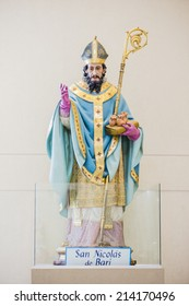 SAN NICOLAS, BUENOS AIRES, ARGENTINA - AUGUST 30, 2014: Sculpture of Saint Nicholas of Bari in the Sanctuary of Our Lady of the Rosary on August 30, 2014 in San Nicolas, Buenos Aires, Argentina.