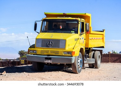 SAN PEDRO DE ATACAMA, CHILE - NOVEMBER 15, 2015: Dump truck Mercedes-Benz LS 1618 at the countryside.