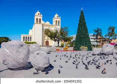 San Salvador Cathedral and Christmas decorations on Plaza Barrios. San Salvador, El Salvador.