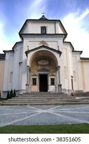 The Sanctuary of the Crucifix - Sacro Monte Calvario (Sacred Calvary Mount) - Domodossola