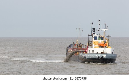Pipeline Dredge Images, Stock Photos & Vectors   Shutterstock