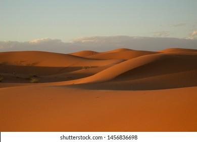 Sand dunes at dusk at Erg Chebbi, in the Moroccan region of the Sahara desert.