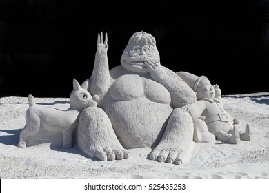 Sand Sculpting Championship, Fort Myers Beach, Florida - Nov 2016 - The Abominable Snowman with Rudolph and the Elf Dentist