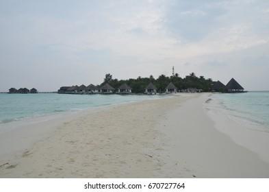 Sand way to island