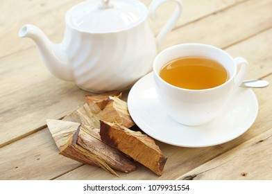 Sandalwood tea with Sandalwood