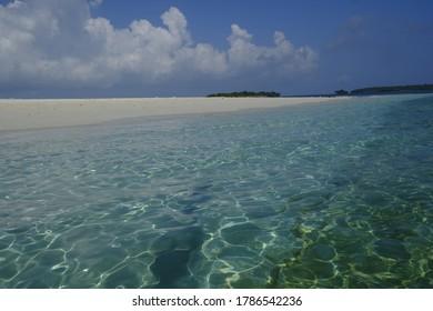 SANDBANK INDIAN OCEAN ZANZIBAR BEACH