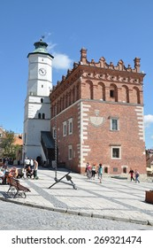 SANDOMIERZ, POLAND - AUGUST 7: Very old  town hall in Sandomierz, Poland on August 7, 2011. The town hall was build in the XIV century and the tower was build in the XVII century.
