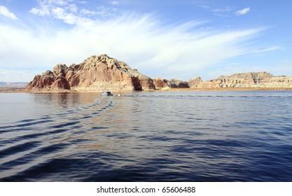 Sandstone island in scenic Lake Powell National Park in Glen Canyon Recreation Area in Utah and Arizona