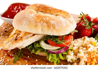 Sandwich with chicken fillet and fried egg
