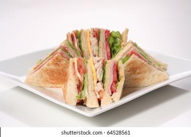 Sandwich chicken & ham with tomato