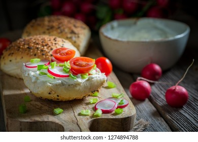 Sandwich with fromage cheese and cherry tomatoes