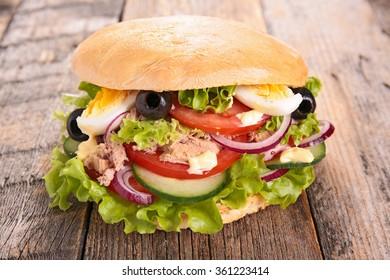 sandwich,pan bagnat