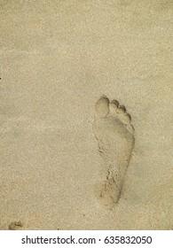 Sandy foot print