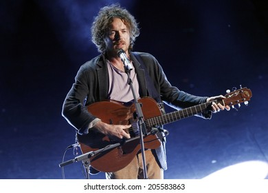 SANREMO, ITALY - FEBRUARY 20: Damien Rice attends the third night of the 64th Festival of Sanremo at Teatro Ariston on February 20, 2014 in Sanremo, Italy.