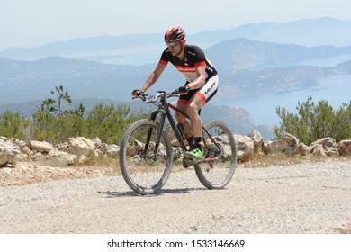 Sant Josep de Sa Talaia, Ibiza, Balearic Islands, Spain : 2017 abril 17 : Cyclists in VUELTA IBIZA BTT 2017 in Ibiza, Andorra. Amateur race in Andorra.