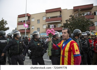 SANT JULIA DE RAMIS, CATALONIA, SPAIN, 1-october-2017 Protesters are evicted from the polling stations by the vote of independence of Catalonia