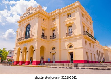 SANTA CLARA, CUBA - SEPTEMBER 08, 2015: Main plaza square, downtown in the capital city of the Cuban province of Villa Clara.