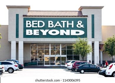 Santa Clarita, CA/USA. July 26, 2018. Bed Bath and Beyond store exterior. Bed Bath and Beyond, Inc., is an American chain of domestic merchandise retail stores in the United States, Puerto Rico, Canad