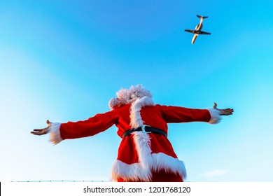 santa claus in the airport