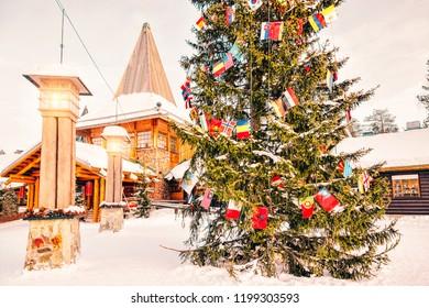 Villaggio Di Babbo Natale Stock Photos Images Photography