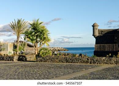 Santa Cruz Tenerife urban exterior shots