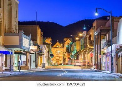 Santa Fe, New Mexico, USA downtown at night.