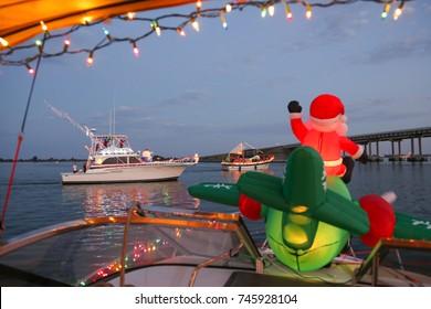 Santa Flies into a Florida Boat Parade