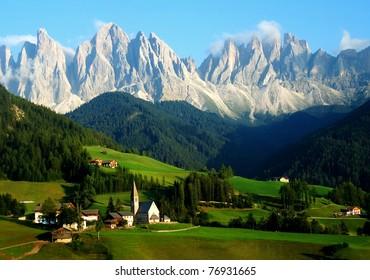 Santa Maddalena/Sankta Magdalena and Dolomites range, Funes, South Tyrol, Italy