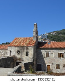 Santa Maria in Punta Church is the oldest in Budva.It is located inside city castle walls.The Church was built in 840 by the Benedictine monks.Today it provides the venue for many cultural events.