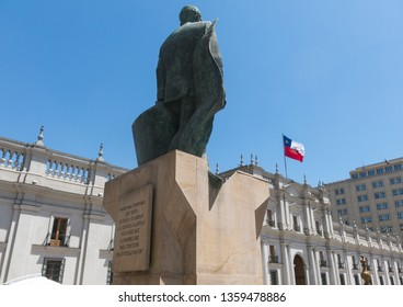 SANTIAGO DE CHILE - JANUARY 26, 2018: : Back of the monument to Chilean statesman and political figure. Salvador Allende Gossens in Santiago de Chile. He died during the bombing in the coup of 1973.