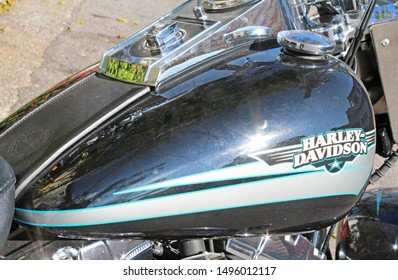 Harley Davidson Fuel Tank Images, Stock Photos & Vectors