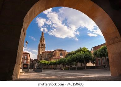 Santo Domingo De La Calzada Hd Stock Images Shutterstock