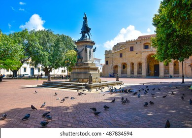 SANTO DOMINGO, DOMINICAN REPUBLIC - January 24: View of famous Christopher Columbus statue and Cathedral in Columbus Park, Colonial Zone. January 24, 2016 Santo Domingo, Dominican Republic.