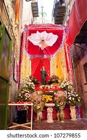 Santuzza S. Rosalia decorated with flowers for the feast in Palermo.