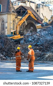 Sao Paulo, Brazil. May 04, 2018. Brazilian Firefighters and machinery remove debris where a 24-story building collapsed after a fire in downtown Sao Paulo, Brazil. The Wilton Paes de Almeida Building,