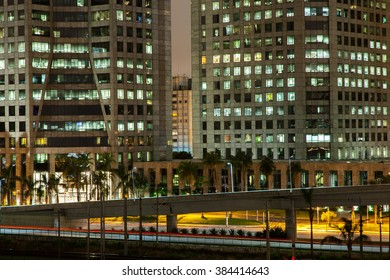 Sao Paulo buildings - Brazil - at night