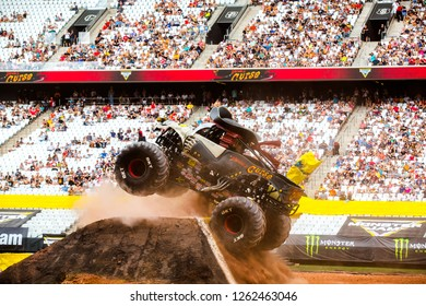 Sao PauloDecember 15, 2018Pirate's Curse in action during a round of racing. Monster Jam competition was held at Corinthians Stadium, in Sao Paulo, Brazil.