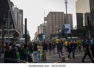 SAO PAULO, SP, BRAZIL - MAY 26, 2019: Avenida Paulista on a Sunday, when it is closed to vehicular traffic and becomes an immense leisure area.