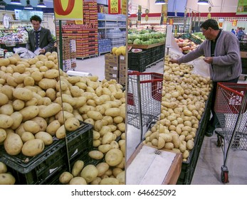 Sao Paulo, SP, Brazil, September 11, 2003. Consumers in the potato stall in a supermarket in Sao Paulo, SP