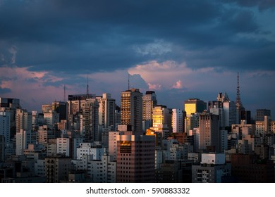 Sao Paulo at Sunset. To the top, Paulista Avenue.