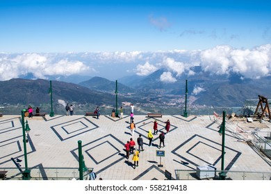 """SA-PA,Vietnam-20 November 2016 : Many of traveller was come to Fansipan mountain """" Hightest of mountain in asia"""" weathet on here about 5degree in winter and cloudy"""