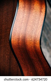 Sapele Wood Guitar Curves