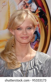 "Sara Paxton at the world premiere of ""Nancy Drew"" at Grauman's Chinese Theatre, Hollywood. June 9, 2007  Los Angeles, CA Picture: Paul Smith / Featureflash"