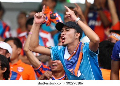 SARABURI THAILAND-AUGUST 2:Unidentified fans of Thai Port Fc supporters during Thai Premier League between Saraburi Fc and Thai Port Fc at Saraburi Stadium on August 2,2015 in Saraburi Thailand